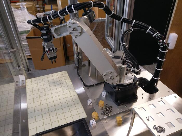 7-axis robotic arm for pick & place